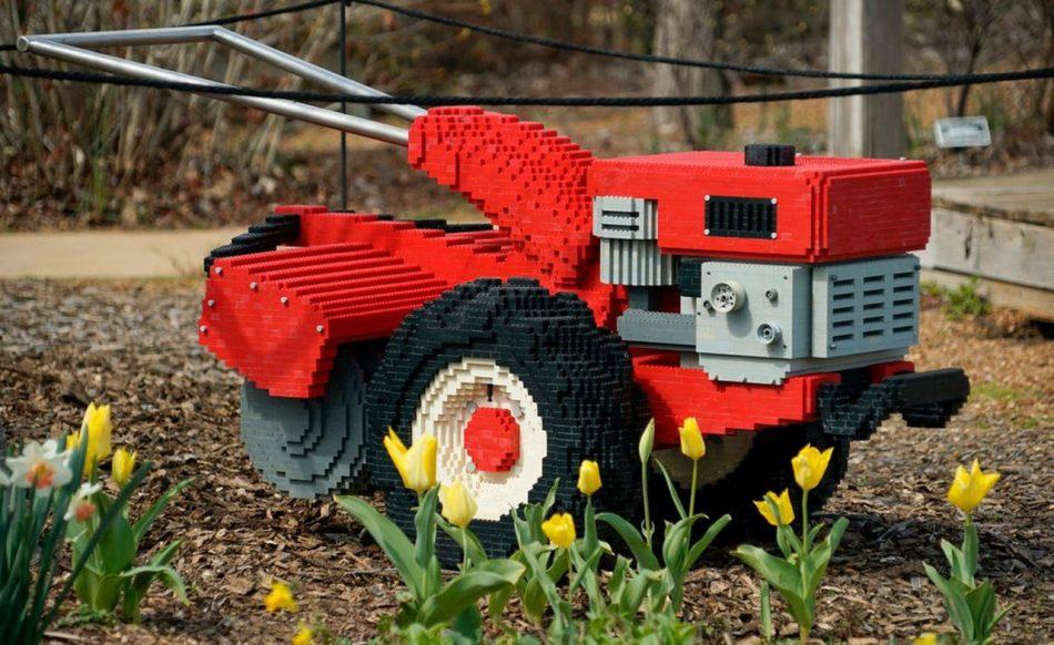 Roto-tiller LEGO art by Sean Kenney