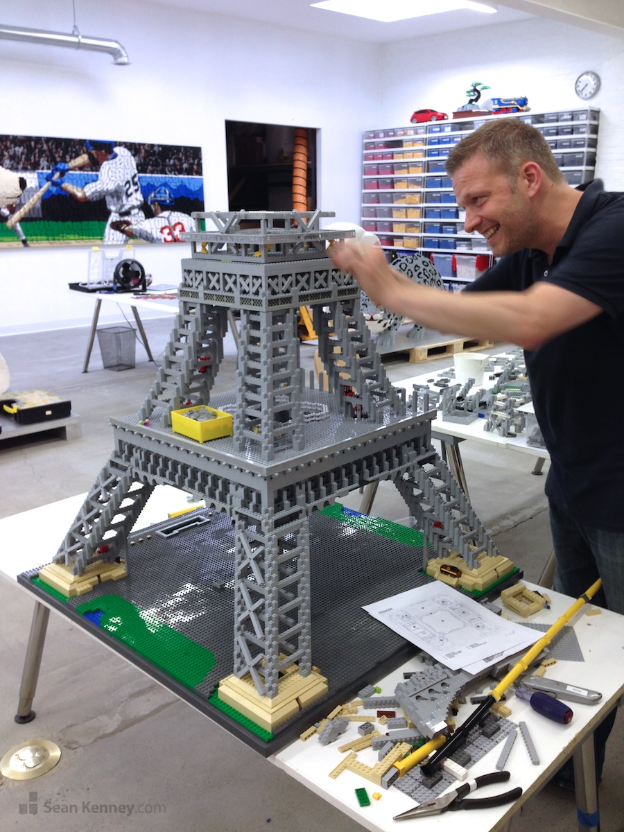 Sean Kenney U0026 39 S Art With Lego Bricks   Eiffel Tower