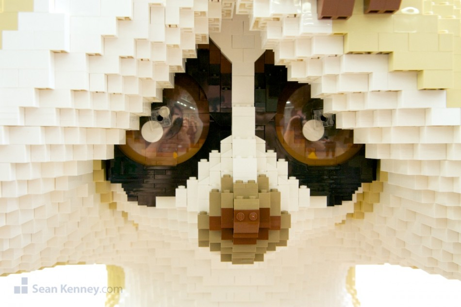 Loris LEGO art by Sean Kenney