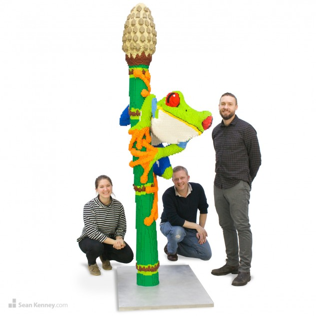 lego-tree-frog-sean-kenney