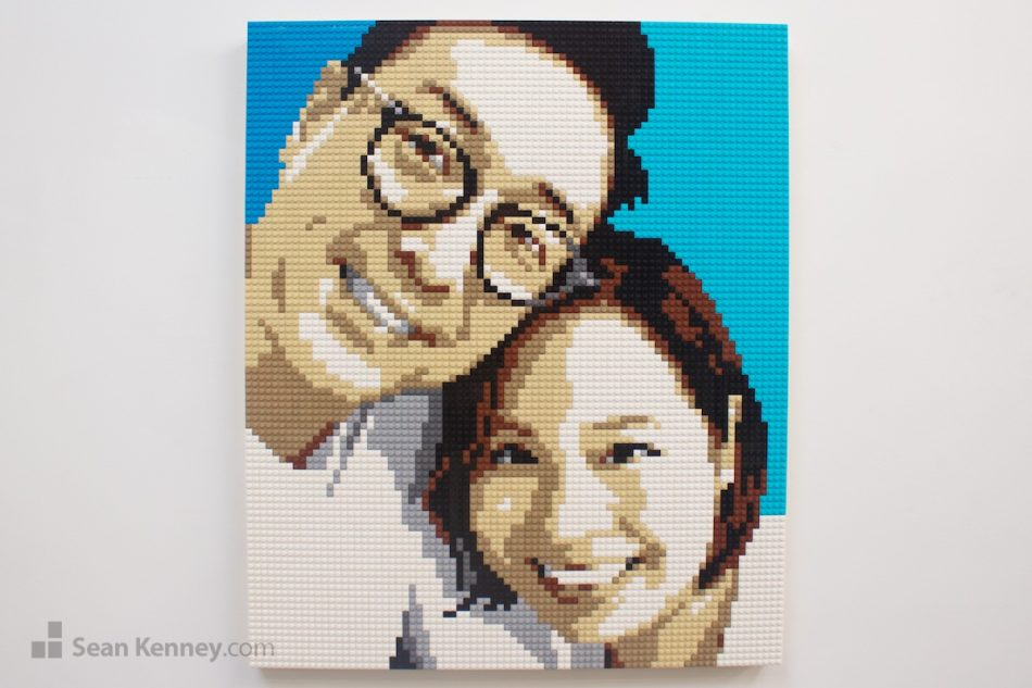 Lovely-couple-%E4%B9%90%E9%AB%98%E8%82%96%E5%83%8F LEGO art by Sean Kenney
