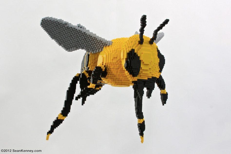 Bee LEGO art by Sean Kenney
