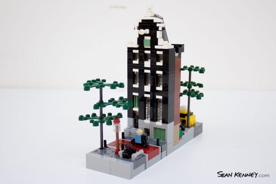 Brooklyn-to-amsterdam LEGO art by Sean Kenney